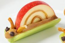 Snacks / Hungry? Prepare some fun and delicious snacks.