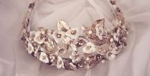 Coronas - Crowns / coronas artesanales para novia e invitada - Handcrafted crowns for bride and guest