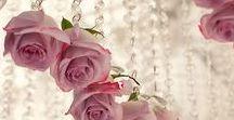 Suspensions fleuries / La fleur dans tous ses états et essentiellement suspendue! Charme & élégance garantis