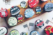 Cupcakes & Cupcake Toppers