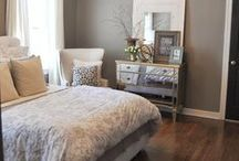 Idea's for my bedroom / by Alise Houpt