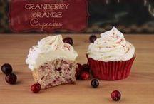 Recipes Dessert / Yummy dessert recipes that will please everyone!  / by BloggingMomOf4
