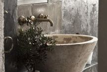 Bagno / by Laura Di Pierro