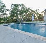 Pools with water features.. / Pools with water features and design..