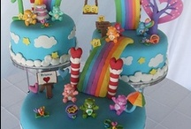 Cake Decorating / Decorating ideas! 99% of why I bake is to decorate the cupcakes or cakes. :) / by Michelle Barrett