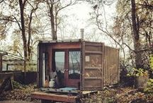 Container Home / Shipping Container // Small Homes // Architecture & Design