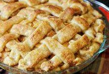 Thanksgiving / Cinnamon // Apples // Pie
