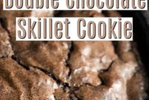 Skillet & One Pot/Sheet Pan Recipes / Skillet Recipes, One Pot Wonders, and Sheet Pan Recipes. Make dinner in one pan - quick, easy, and delicious.