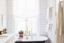 Home - Bathroom / Showers // Tubs // Sinks