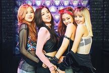 BLACKPINK / Make 'em whistle like a missile, bomb bomb. Every time these girls show up, blow up.