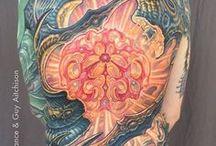 Tatuajes biomecánicos / Tatuajes de estilo biomecánico en cualquier parte del cuerpo y para todo tipo de personas.