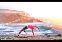 ॐ Yoga ॐ / LOSLASSEN, UM TIEFER IN JEDE EINZELNE DEHNUNG FALLEN ZU KÖNNEN; TIEFER IN EINE MEDITATION ABZUTAUCHEN; DEN ALLTAG UNERSCHROCKEN EINFACH FALLEN UND HINTER SICH ZU LASSEN…DAS ist ॐ Yoga ॐ