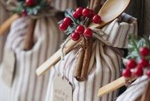 Christmas / All things Christmas:  recipes, crafts, DIY, decor, etc.