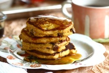 pancakes, waffles, french toast, crepes / by Wendy Janzen