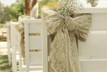 Burlap weddings ideas / by Weddings by the Vine