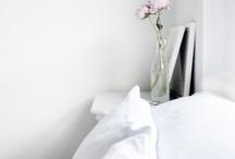 E& BEDROOM / Een slaapkamer is een ruimte in een woning waarin men kan slapen. - Wikipedia