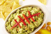 Game Day Inspiration / Up your game day game with these quick and easy tailgating favorites, including apps, dips and plenty for the grill!