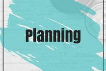 Planning / Plan your solopreneur business by setting goals and expectations.