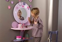 Home- Charlottes room / My daughters room, storage for her toys, playroom & outside tree houses/doll houses  / by Southern Beauty 🎀