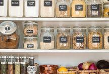 Kitchen Organization / Need to get your kitchen organized? Take a peek at these great ideas! #kitchen #organization