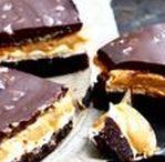 Baka / Gillar du att baka? Här hittar du alla våra recept på bullar, kakor, muffins, tårtor och mycket annat. Varför inte baka en cheesecake eller kladdkaka? Det finns inget godare än hembakat!