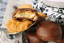 Nibble & Sip: Desserts / by Rachel Noonan