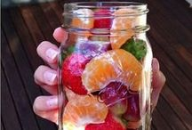 Snack Ideas / Fun delicious snack for both you and your kids!