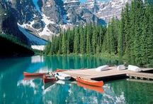 Canadian Rockies / Discover the majestic landscapes, towering peaks and sparkling turquoise lakes of the Canadian Rockies.