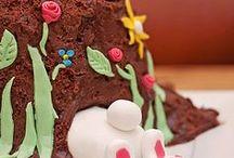 Oster-Gebäck / Ostern steht bald bevor. Und was kommt bei euch Ostern auf den Tisch?
