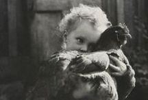 """La vida en blanco y negro / """"No sabes el valor del momento hasta que se convierte en un recuerdo"""""""