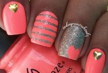 Beauty: Nails / by ▂▃▄▅▆▇█▓▒░~L͜͝i͜͝v͜͝~░▒▓█▇▆▅▄▃▂ (っ◔◡◔)っ #FreeHugs #She'sKindaHot #The Kings and the Queens of the New Broken Scene #StayStrong #You'reBeautiful