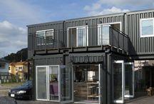 モデルハウス(八王子) Model House / 八王子市にある弊社モデルハウスです。 2階建てコンテナハウス(2015年7月建築確認検査済証取得)。1階は店舗(カフェ&バー)、2階はモデルルーム兼家具展示場となっています。   1階に20フィート2つ、2階に40フィート1つの建築用コンテナユニットがを使用しています。