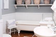 Decor: Bathroom / by Camille Hollingsworth