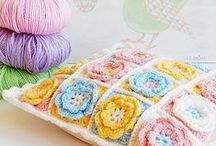 free CROCHET patterns / by Heidi de Bruin