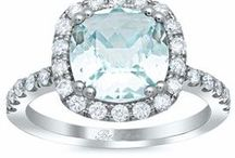 Aquamarine Engagement Rings / Collection of engagement rings that feature aquamarine center stones ranging from shapes and size. Our Bel Dia engagement ring settings are perfect for displaying this majestic gemstone.
