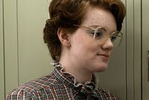 Shannon Purser (Barbara Holland) / These are photos of a missing girl.