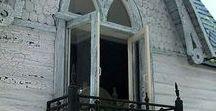 Front door and knock and balkon / Interesting old doors,windows, balconies and handles.