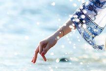 Summer breeze /  Ocean blue makes me happy