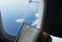 Reisen, Urlaub / Im Urlaub ein tolles Buch lesen, auf der Reise die Zeit mit einem schönen Roman vertreiben. Stimmungsvolle Bilder von unterwegs, immer mit etwas zum Lesen.