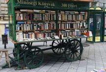Mobil / Bücher kann man auch mobil verteilen. Egal ob auf einem Esel, einem Rad oder Leiterwagen. Hauptsache man bekommt was zum Lesen.