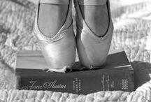 Schuhe / Welche Frau liebt keine Schuhe? Welche Frau liebt keine Bücher? Und die Kombination daraus...