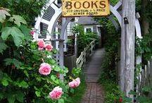 Schilder / Bücher, Lesen, Book, Read, alle Schilder mit einem Bezug zu Büchern, Läden, Lesen.
