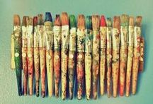 all things | old paintbrushes / Creative ways to reuse and display old paintbrushes !