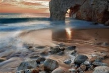 Shorelines / Stunning coastlines and lakeshores.