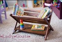 Woodwork crafts / by Meagan Simonson