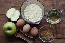 Doggie Recipes / Paw-fect treats to make for Fido!