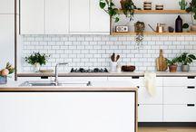 Cocinas / Cocinas de diferentes colores y estilos.