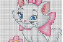 Point de croix / Cross Stitch / Grilles de point de croix / perles hama / plaid en carrés au crochet - Cross Stitch Pattern