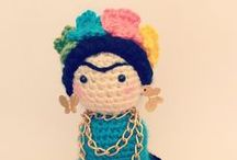 Crochet Artists and other historical characters / Famous artists, artwokrs and other historical characters made with #crochet #Arts #history #science #celebrities
