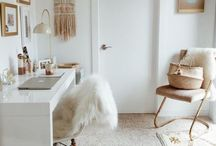 Home Office Workspace / Home office Decor design ideas work office organization Chic cozy Gold White